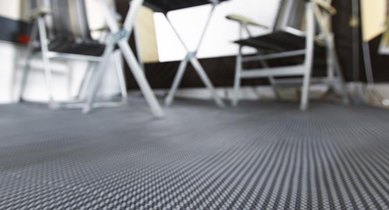 Choisir un tapis de sol camping